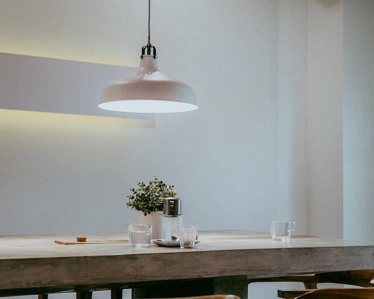 pendant light over dining table